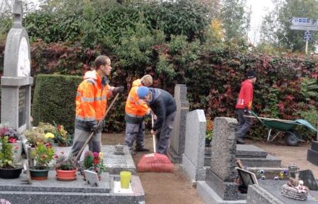 Atre_de_la_Vallee_Nettoyage au cimetière