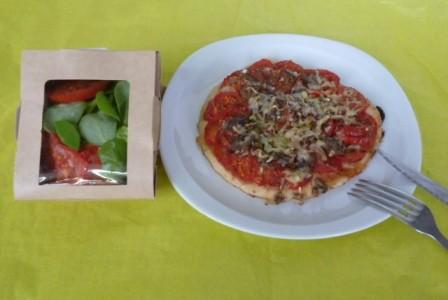 Ferme_Saint_Andre_Pizza aux pleurotes et mélange de salades