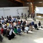Les partenaires publics, privés et citoyens du projet, de s'expriment lors des tables rondes.