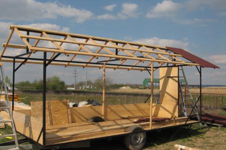 Le poulailler mobile en construction